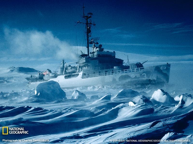 Ледокол в Антарктике