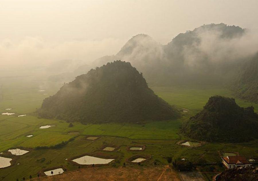 Хан Сон Дунг (Пещера горной реки)