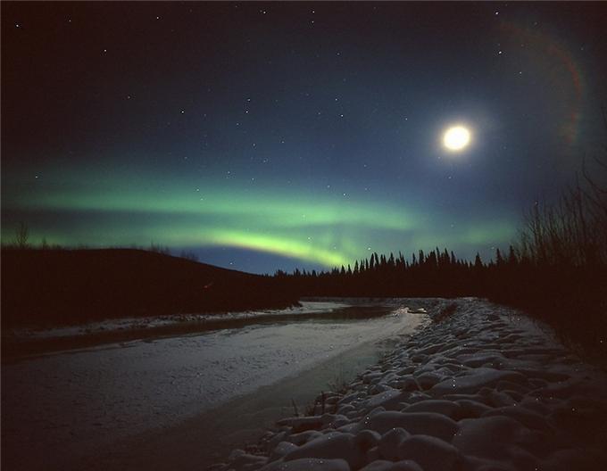 Фантастическая красота полярного сияния