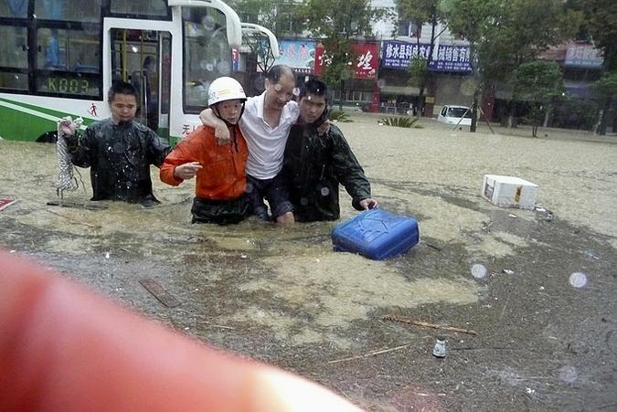 Наводнение в китае оставило без крова