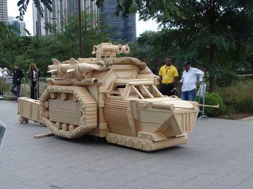 Картинки танка из дерева