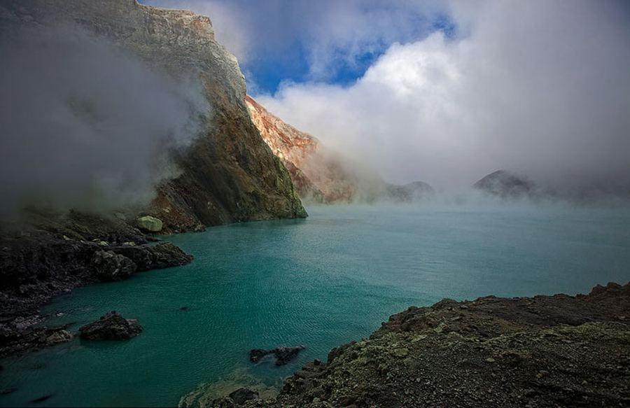 Серные рудники вулкана Кава Иджен (Kawaha Ijen)