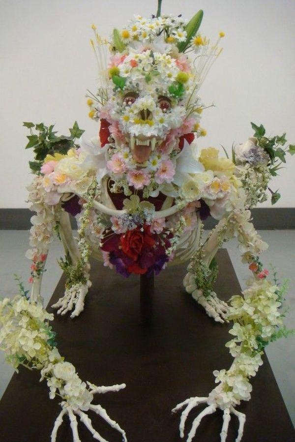 Необычные цветочные композиции из живых цветов своими руками 29