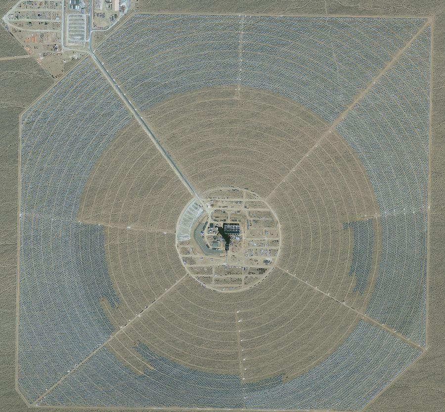 Ivanpah - самая большая в мире солнечная электростанция