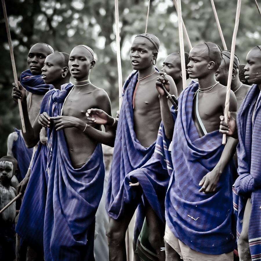 Жизнь племён в долине реки Омо