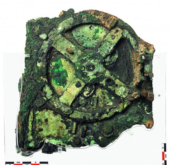 http://animalworld.com.ua/images/2012/September/Raznoe/Antikythera/Antikythera-mechanism_2.jpg