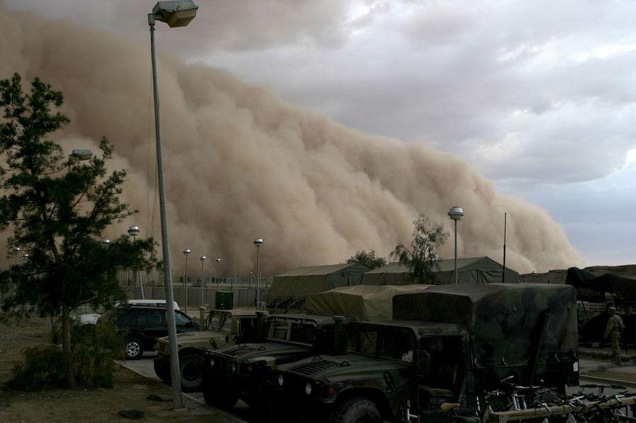 Впечатляющие песчаные бури