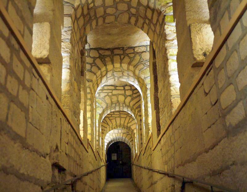 Катафилы, или путешествие по подземному Парижу