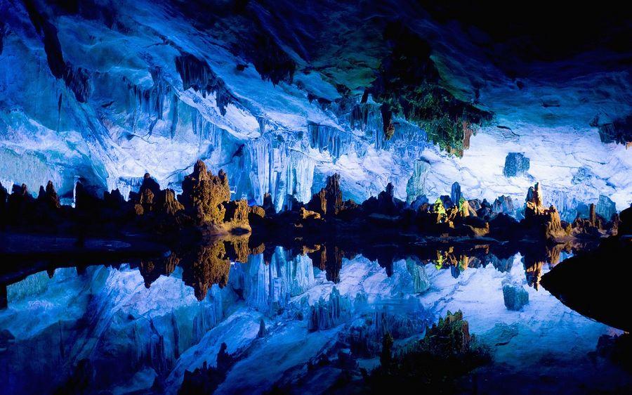 Пещера тростниковой флейты (Reed Flute Cave)