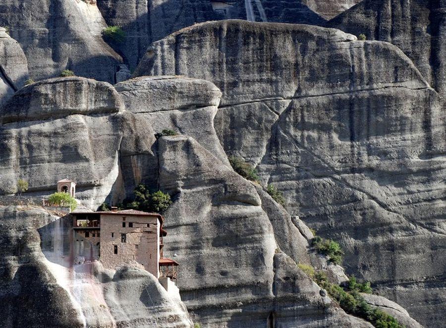 Монастыри Метеоры (греч. Μετέωρα)