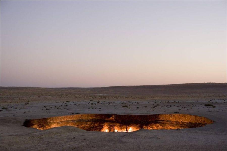 Дарваза (The Darvaza well) - газовый кратер в Туркменистане