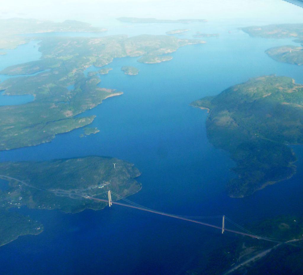 10 самых длинных висячих мостов в мире