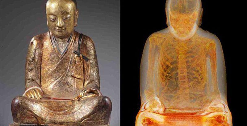 В древней статуе Будды обнаружена мумия