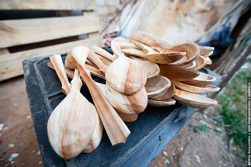 Как делают деревянные ложки