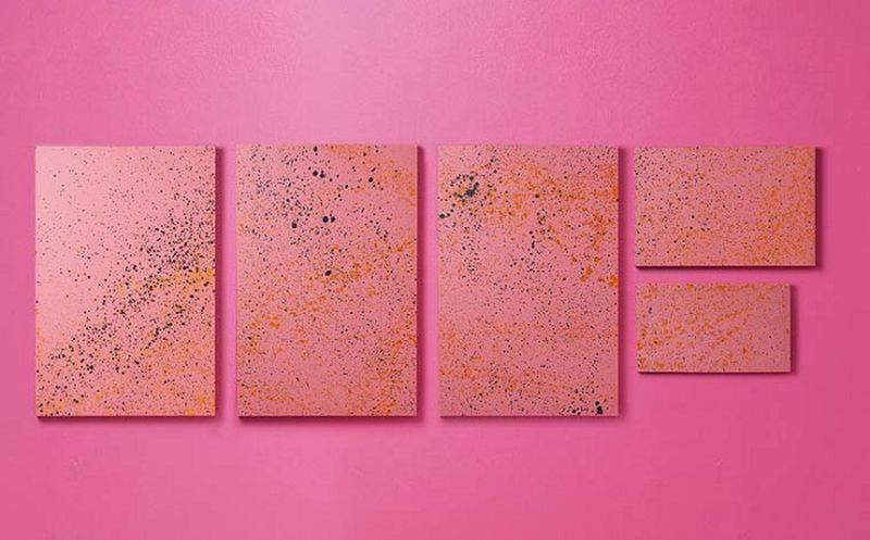 Четвероногие друзья рисуют картины брызгами красок
